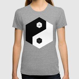 D20 Yin Yang Crit and Fail T-shirt