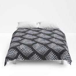'Modern Geo Pattern' Comforters