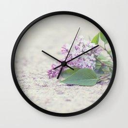 C'est le temps des lilas Wall Clock