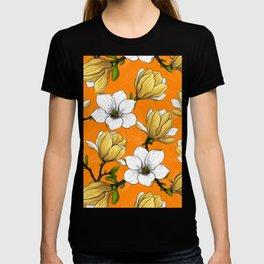 Magnolia garden in yellow   T-shirt