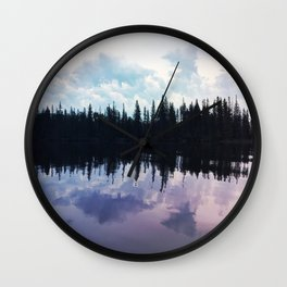 The north remembers Wall Clock