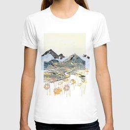 Daisy Mountain - Art Collage T-shirt