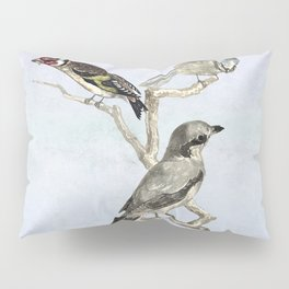 A trio of birds Pillow Sham