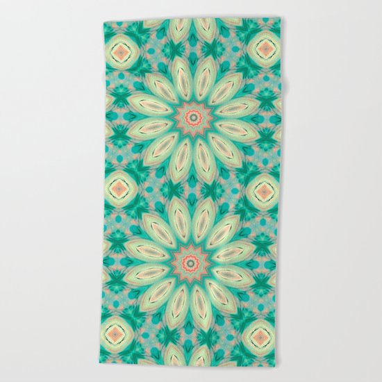 Daisy. Ornament bright turquoise . Beach Towel