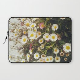 Wall of Daisies Laptop Sleeve