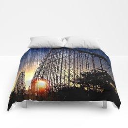 Mamba Roller Coaster at Sunset Grunge Comforters