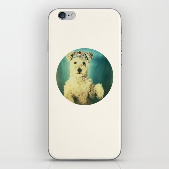 le Queen iPhone & iPod Skin
