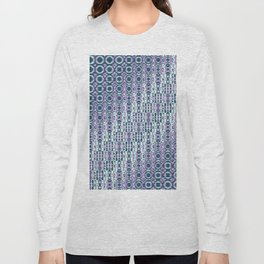"Cos(a × (n × j^2 + k × i^2)) × 0.7 [""70s Pattern""] - [PIXEL ZOOM] Long Sleeve T-shirt"