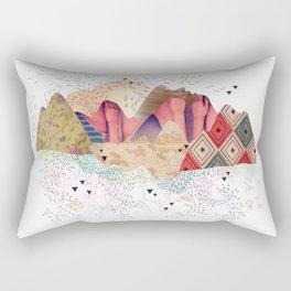 montañas Rectangular Pillow