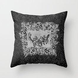 Almond blossom jungle (black) Throw Pillow