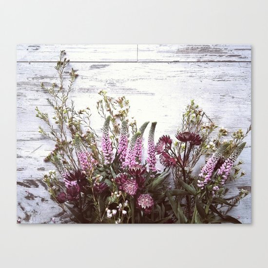 Pink flowers on shabby wood Canvas Print
