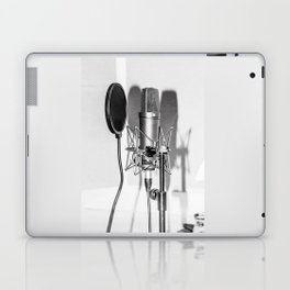Microphone black and white Laptop & iPad Skin