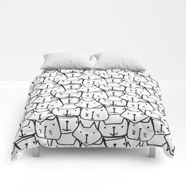 BLACK & WHITE CATS Comforters