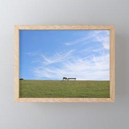 Blauer Himmel über Schaf auf grünem Deich Nordseeinsel Pellworm Framed Mini Art Print