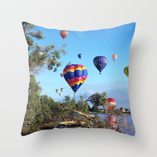 Hot air balloon scene Throw Pillow