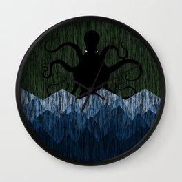 Cthulhu's sea of madness - Green Wall Clock