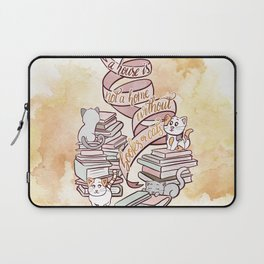 A HOUSE IS NOT A HOME WITHOUT BOOKS OR CATS Laptop Sleeve