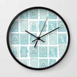TLRs Wall Clock