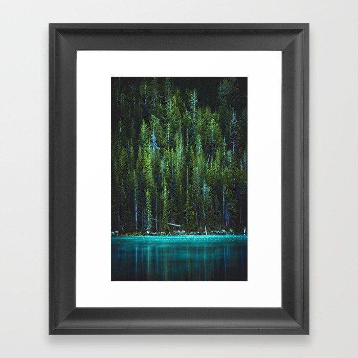 Evergreen Forest on Water (Color) Gerahmter Kunstdruck