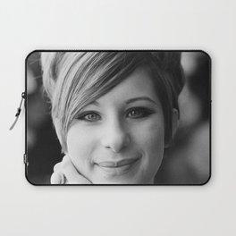 Barbra Streisand a smiling portrait, England print Laptop Sleeve