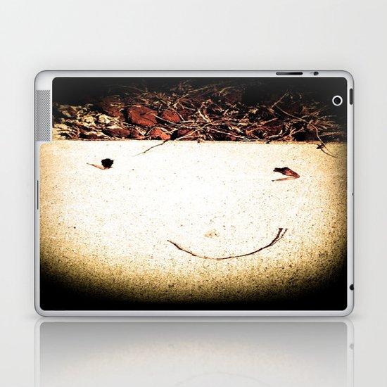 Natures Funny: Untouched Laptop & iPad Skin