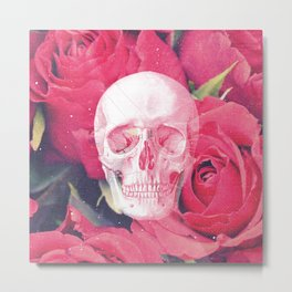 Vintage White Skull Grunge Pink Roses Metal Print