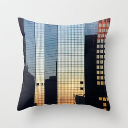 Sunset reflected III. Throw Pillow
