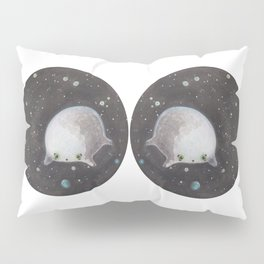 Blob floating in space Pillow Sham