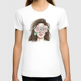 white roses in their eyes (female version) T-shirt
