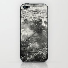 Somewhere Over The Clouds (III iPhone & iPod Skin