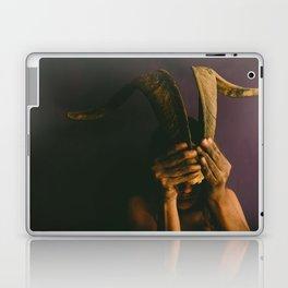 Murmullos en mi mente Laptop & iPad Skin