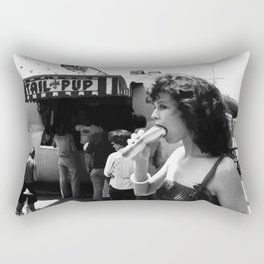 sigourney weaver Rectangular Pillow