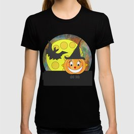 Funny laughing pumpkin head with bat and moon T-shirt