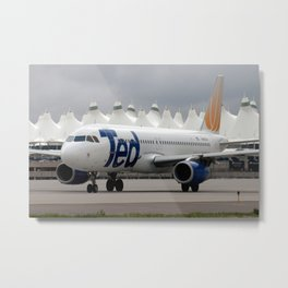 """United Airlines """"TED"""" Airbus A320 at Denver Metal Print"""