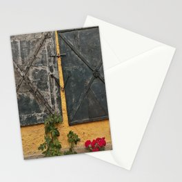 Old house with red roses Stationery Cards