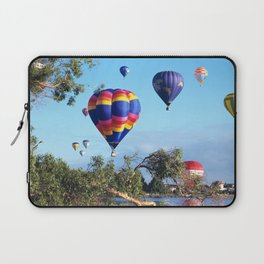 Hot air balloon scene Laptop Sleeve