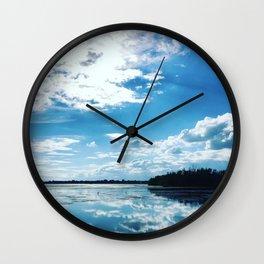 Parc des voiles, Municipalité de Saint-Mathias-sur Richelieu, Québec, Canada Wall Clock