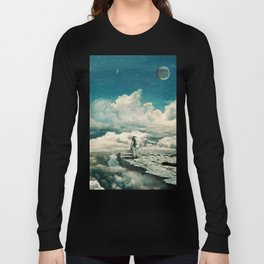 The explorer Long Sleeve T-shirt
