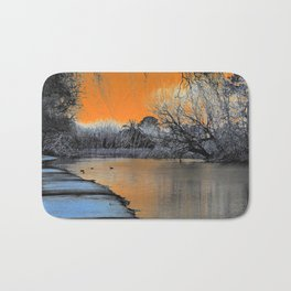 Lake Wendouree Winter Sunset Bath Mat