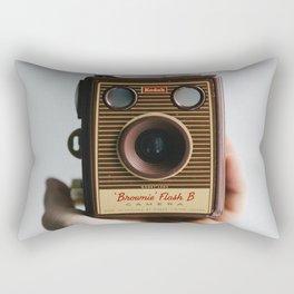 Vintage Old Photo Camera   Camara de fotos antigua Rectangular Pillow