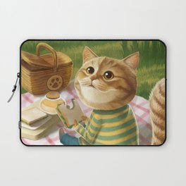 A cat is having a picnic Laptop Sleeve