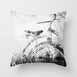 Vintage play Throw Pillow
