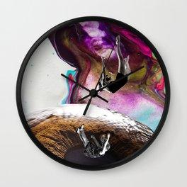 CAIDA A UN ABISMO OCULAR Wall Clock