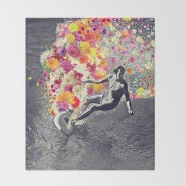 Flower surfing Throw Blanket