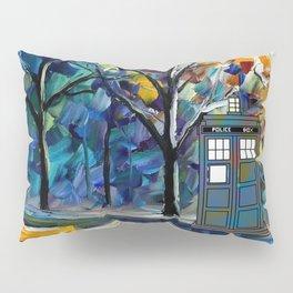 tardis lounge chair Pillow Sham