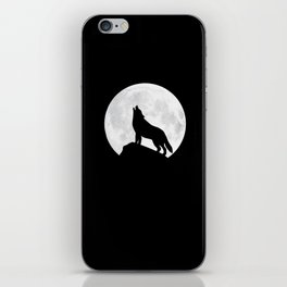 Howling Wolf - Moon iPhone Skin