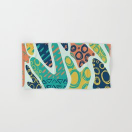 Nostalgic 90s Style Amoeba Hand Drawn Repeating Pattern Hand & Bath Towel