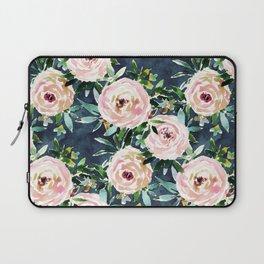 PORTIA'S GARDEN Rose Floral Laptop Sleeve
