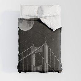 Full Moon Over Golden Gate Bridge San Francisco, California Comforters