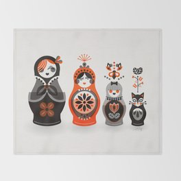 Russian Nesting Dolls – Red & Black Throw Blanket